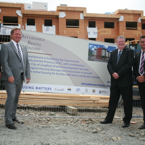 Hon. John Duncan, Minister Of State And Member Of Parliament For Vancouver Island North; Stewart Young, Mayor Of The City Of Langford; Hon. Rich Coleman, Minister Of Natural Gas Development And Minister Responsible For Housing And Kevin Albers, CEO, M'akola Group Of Societies